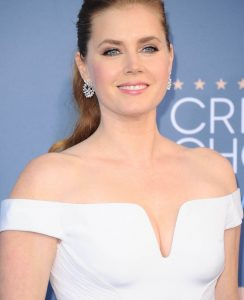 amy-adams-at-22nd-annual-critics-choice-awards-in-santa-monica-12-11-2016_1